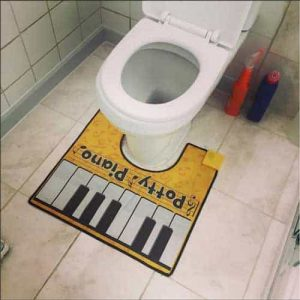 tapis contour de wc original Potty Piano