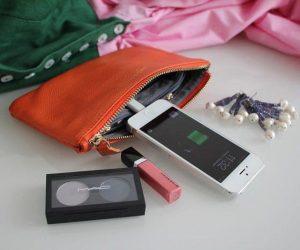 La pochette telephone Might Purse est une pochette pour portable et pour madame