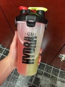shaker muscu avec compartiment hydracup