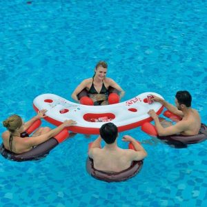 bar de piscine flottant et ses fauteuils
