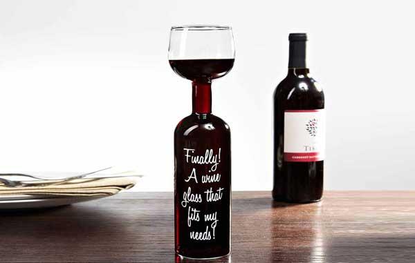verre en forme de bouteille de vin big mouth