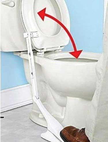pedale lunettes toilettes