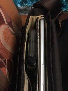 memobottle dans une sacoche ordinateur portable